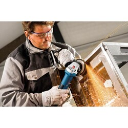 Bosch Professional GWS 7-115 Avuç Taşlama Makinesi - Thumbnail